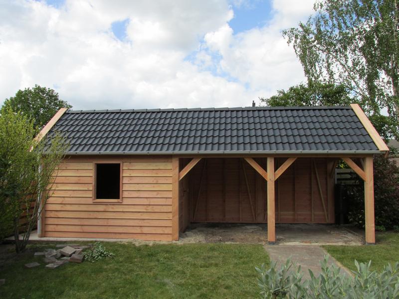 Houtbouw Garage Schuur : Klassieke schuur met overkapping in borger u2013 hout & bouw wereld